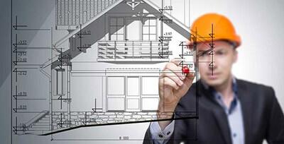arquiteto ou engenheiro coordenador de obra